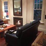 Beautiful open fire 4 bedroom cottage