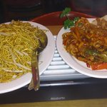 Noodles with bean sprouts & Crispy chilli beef