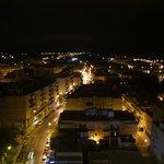 Vistas nocturnas desde la terraza del bar en el 11ªpiso