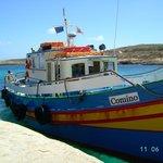 Das Hoteleigene Boot  fährt nach Malta & Gozo