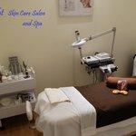 Bright Skin Care Salon 15