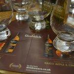 l'assaggio di whisky