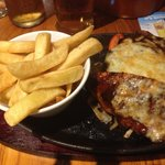 Reage reage Chicken and Chips with Peppers & Onions