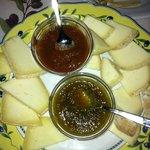 formaggi e confetture di zucchine e cachi
