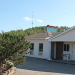 Athabasca Lodge Motel