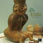 Muñeca de cerámica precolombina