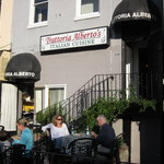 Trattoria Alberto Sidewalk Cafe