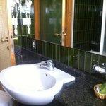 il bagno diversa angolazione