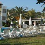 tzilios pool and bar