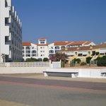 vue de la résidence goélia depuis le bord de plage