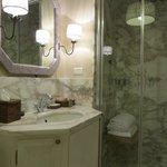 Shower room in Romantic Suite
