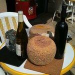 Des vins et des fromages…