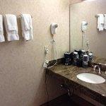 Room 893 bathroom