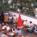 Blick in Fuldas schönsten Biergarten mitten in der Stadt