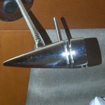 left side headboard lamp - not working - unusable