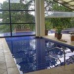 Area de Jacuzzi y piscina