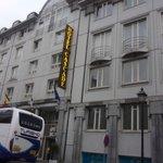 Hotel Cascade Louise - fachada