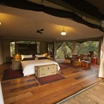 Mara Plains Camp - Guest tent