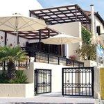 Kalidon Beach Hotel