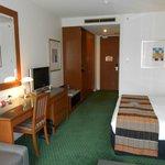 Room (Room212)