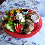 Salad with oysters