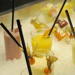 Große Auswahl an Drinks und Säften