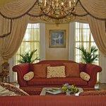 Luxurious Living Area