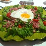 Généreuse la salade ? on a vu mieux