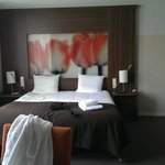 Executive room (with desk behind camera - a great size)