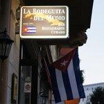 صورة فوتوغرافية لـ La Bodeguita Del Medio