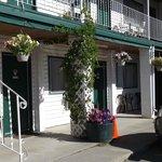 Kootenay Country Inn