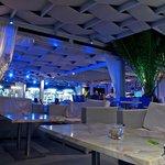 Splash Bar Restaurant Santorini by night