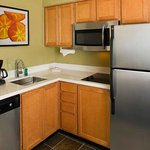 Kitchen full size appliances guest rooms