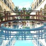 Golden Phoenix Hotel Foto