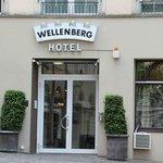 Hotel Wellenberg Entrance
