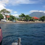 Leaving on the boat to Gilli Trawangan, with Chez Kin Nuits 1001 to the right of frame, Agung be