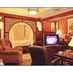 emperor suite room