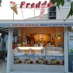 Freddo - Ice Cream Bar, full front exterior