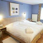 La Chambre Romarin - une jolie chambre spacieuse