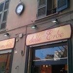 Face de la boutique, rue Delle Erbe