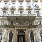 facciata esterna  dell'Hotel