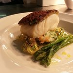 Cod with olive crust and Asparagus