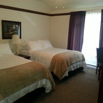 Augusta National Suite additional room