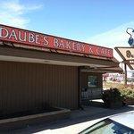 Duabe's Exterior