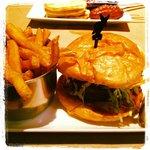Burger & Fries @Jack Astor's