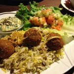 Falafel special with spinach dip
