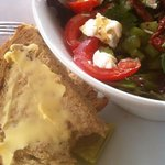 goats cheese and sun dried tomato salad
