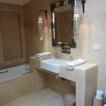 Luxurious big bathroom