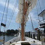 Chesapeake Skipjack Sailing Tours