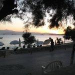 Ηλιοβασίλεμα στο LIANA Hotel